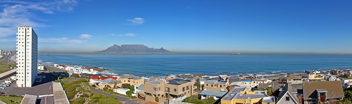 About Bloubergstrand Self Catering